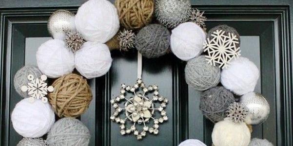 Natale 2014 decorazioni porta for Idee per centrotavola di natale