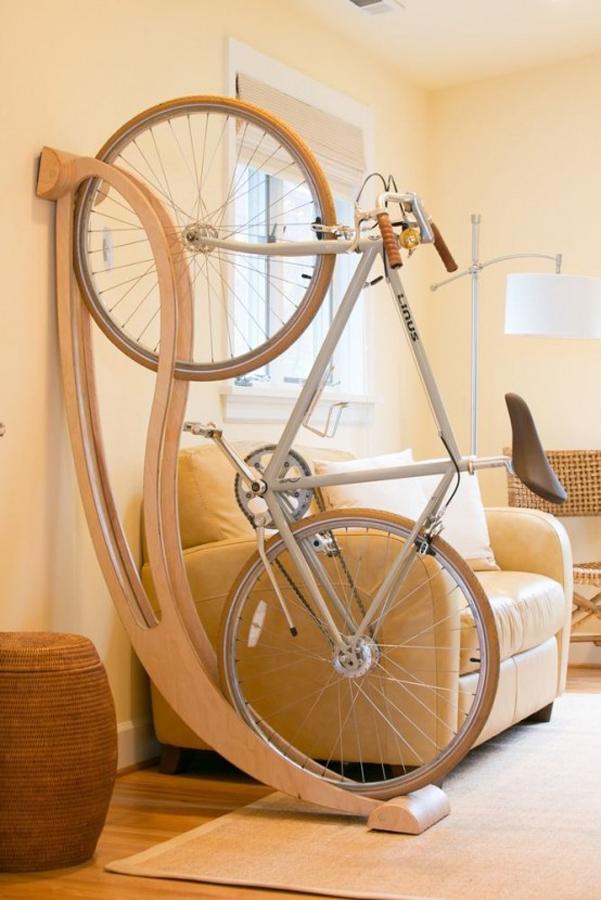 Dove mettere la bici in casa idee design for Idee design casa