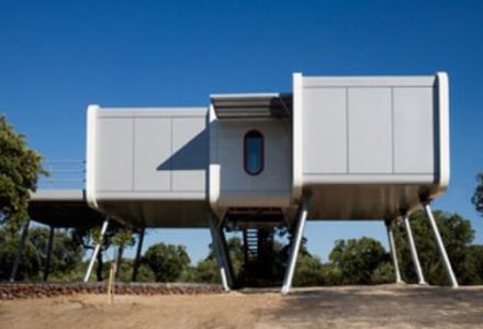 casa futuristica spaceship home