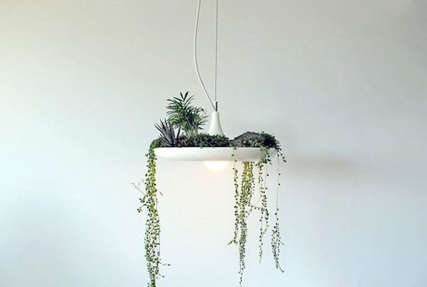 lampadari cromati : ... questi lampadari declinati in bianco e nero con dettagli cromati
