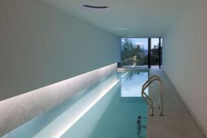 idee-decor-piscine-coperte-04