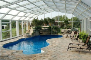 idee-decor-piscine-coperte-14