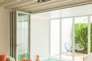 idee-decor-piscine-coperte-21