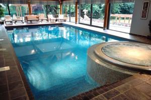 idee-decor-piscine-coperte-23
