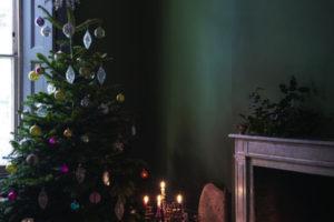 addobbi-natalizi-scuri-14