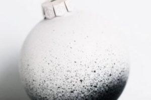idee-decor-addobbi-natalizi-bianco-nero-17