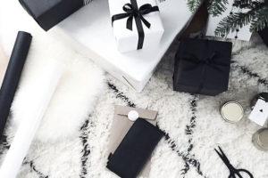 idee-decor-addobbi-natalizi-bianco-nero-22
