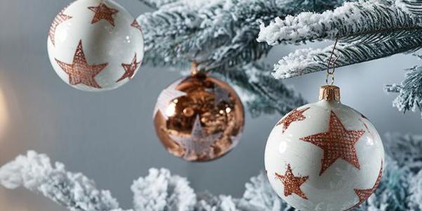 Idee decor addobbi natalizi color rame - Addobbi natalizi per cucina ...