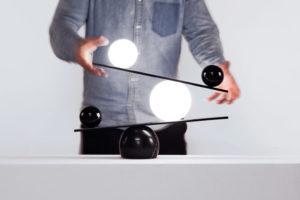 Balance-lamp-03