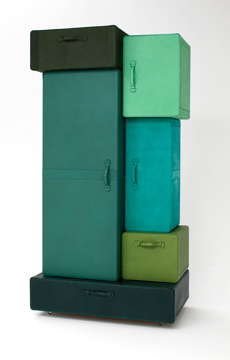 a_pile_of_suitcases-1