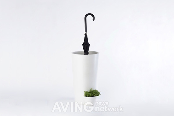 Umbrella Pot L Ombrello Annaffia Le Piante Designbuzz It