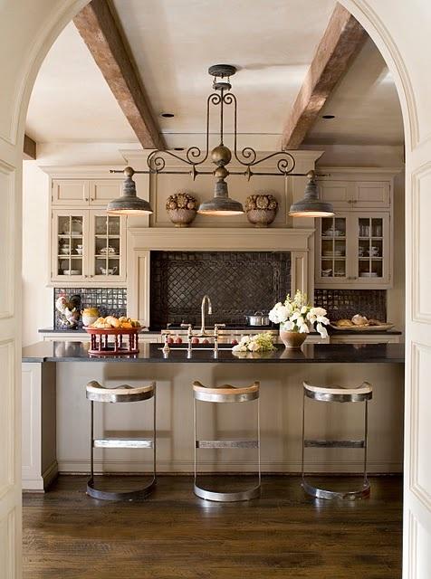 Idee per l 39 illuminazione in cucina - Illuminazione cucina consigli ...