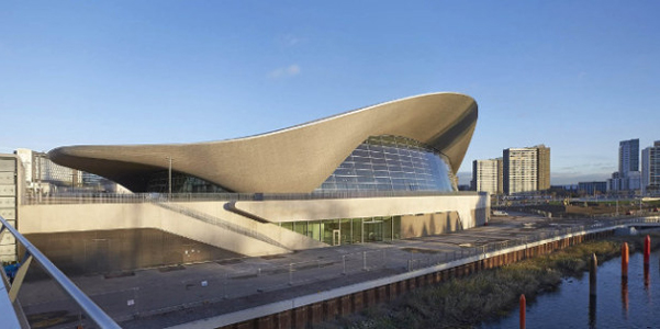 Zaha hadid london aquatics centre for Divano zaha hadid