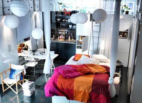 Idee decor colori in piccoli spazi for Idee arredamento spazi piccoli