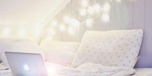 come usare le lucine di natale in camera da letto