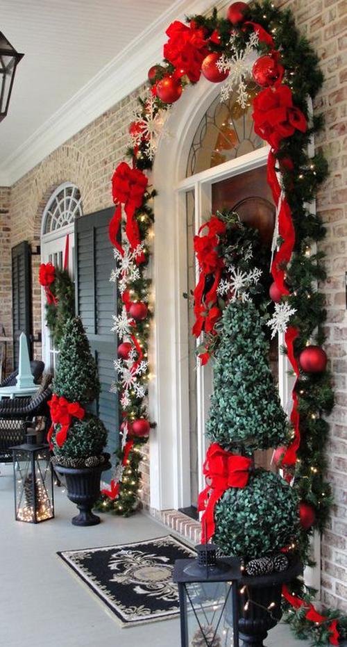 Idee Natale 2014 Come Decorare La Porta DesignBuzzit