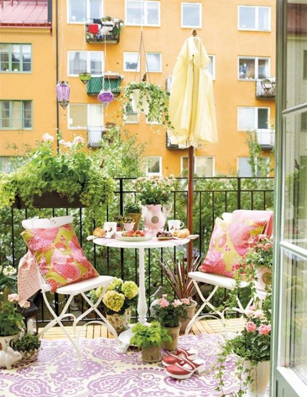 Come arredare balcone piccolo 15 for Arredare balcone piccolo