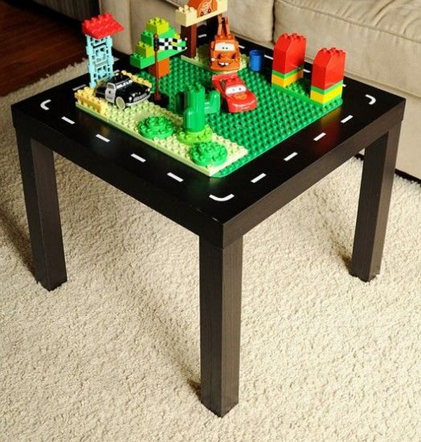 Idee decor il tavolino lack di ikea - Ikea lack tavolino ...