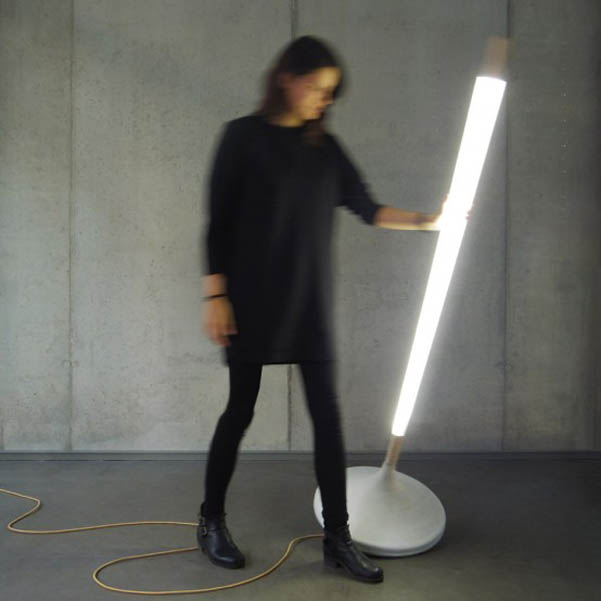 lampada-legno-cemento-Ewan-Cashman_2