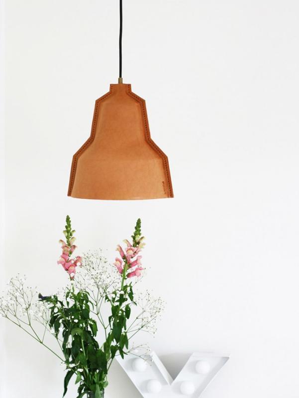 Lampada-cuoio Lloyd-Puik-Art-01