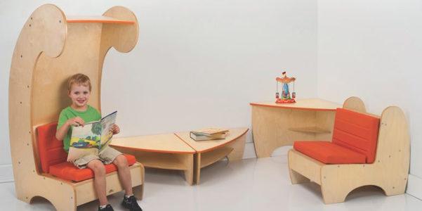 La poltrona con libreria per bambini for Poltrona bambini